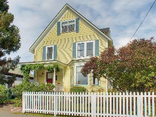 Victorian Retreat Close to Historic Ballard, Seattle