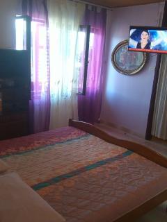 A1(2+2): living room