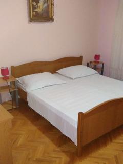 A4(6+1): bedroom