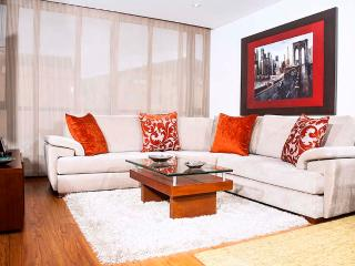 Inviting 3 Bedroom Apartment in Santa Paula, Bogota