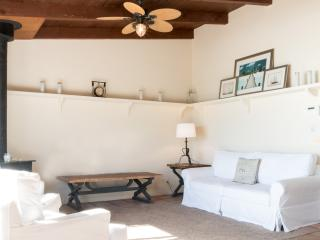 Homey 1 Bedroom Beachside Home in Malibu
