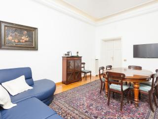 TreasureRome Grazia 4BR at Spanish Steps