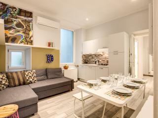 Cavour 3 bdrms Suite, La Spezia