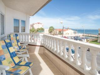 Guardamar beachfront apartment with direct seaview, Guardamar del Segura