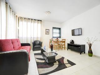 2 Bedroom apartment Ben Yehuda str., Jaffa