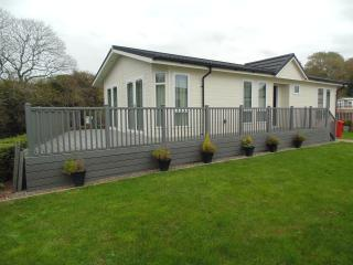 luxury holiday lodge for rent, Ludchurch