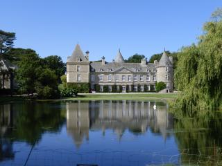Château de Tocqueville, Saint-Pierre-Eglise