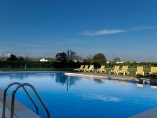 Chasapico Apartment, Quarteira, Algarve