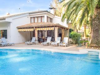 Lovely holiday house in Puerto Pollensa with pool, Port de Pollença