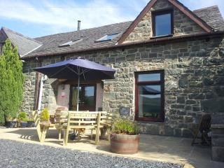 Pine Cottage with Stunning Mawddach estuary view