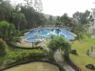 Tagaytay Spacious Condo Villas for rent