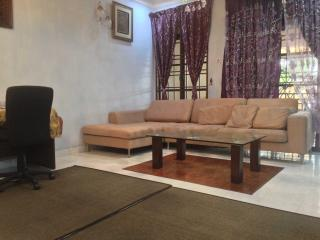 Mutiara Rini Homestay (For Muslim Only), Skudai