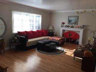 Room for Rent Close to Bart, Golf, Scenic Hills, Hayward