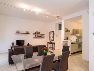 Dimora Maffi-Moderno appartamento- 5 posti letto, Verona