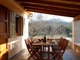 Son Cladera, charming house with private pool, Son Macia