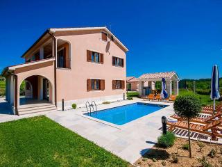5 bedroom Villa in Novaki Motovunski, Istria, Croatia : ref 5505572