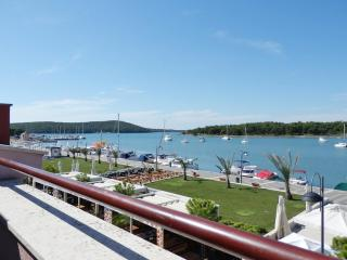 1 bedroom Apartment in Medulin, Istria, Croatia : ref 5505320