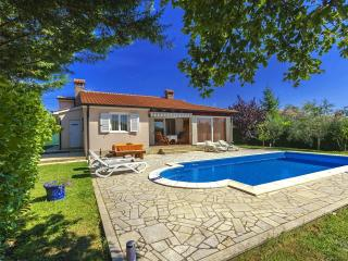 2 bedroom Villa in Žbandaj, Istria, Croatia : ref 5505568