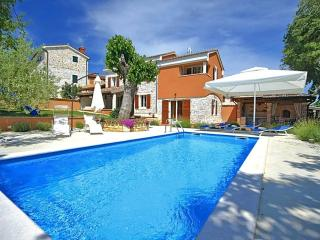3 bedroom Villa in Poreč, Istria, Croatia : ref 5473980