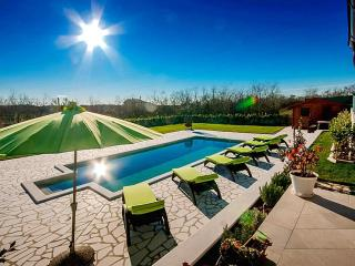 4 bedroom Villa in Pula, Istria, Croatia : ref 5505462