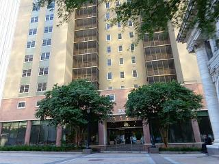 Large, Comfortable, 2bed/2bath in Heart of Atlanta