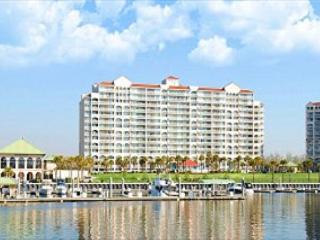 The North Tower is one of the most desired locations in Barefoot Golf Resort!, North Myrtle Beach