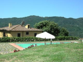 5 bedroom Villa in Massa, Tuscany, Italy : ref 5505527