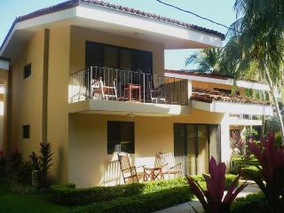 Vista Ocotal, 4BR/3BA beach villa in Playa Ocotal