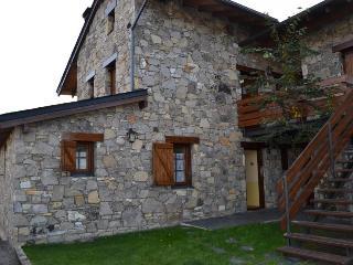Ref. 057 - SANTA LEOCADIA III, Osseja