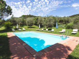 4 bedroom Villa in Poggio Santa Cecilia, Tuscany, Italy : ref 5505159