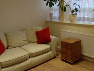 One bedroomed apartment close to town centre, Hinckley