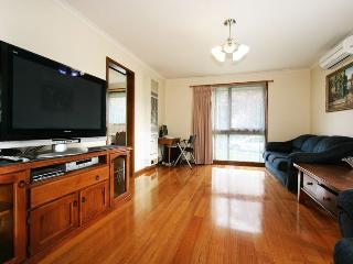 Rent Melbourne Box Hill 1/40