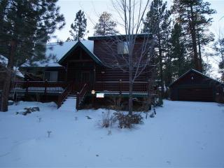 Three Bear's Den, Big Bear Lake