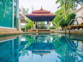 Luxurious 3-Bed Townhome with Pool, Bang Tao Beach
