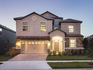 Magical Retreat | 8 Bed Villa, Home Theater, Frozen & Harry Potter Themed Bedrooms with Game Room, Arcades & Close to Clubhouse, Kissimmee