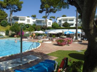 *MiraFlores Resort- Location! Comfort! Affordable!, Mijas
