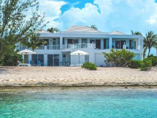 Oceanus Beach Villa, Providenciales