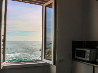 Monte Estoril Guest House