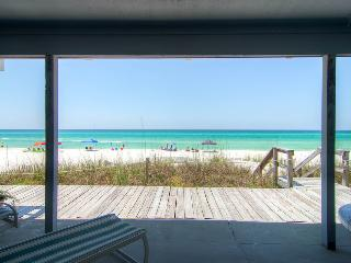 Beautiful Oceanfront townhouse on quiet beach a short drive to Rosemary Beach - Surfer's Paradise (Beachfront), Panama City Beach
