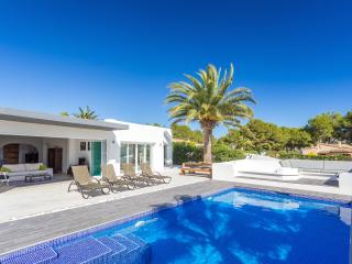 Luxury Villa with seaview, completely renovated!, Moraira