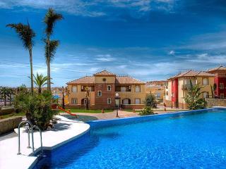 Residencial superlujo en la playa de Torre del Mar (Málaga)