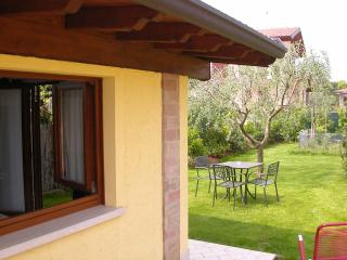 Il Melograno, Cottage 4 people, Pool, WIFI, Quiet, Manerba del Garda