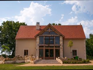 Brenne-villa, construite en 2015 est toute neuve!