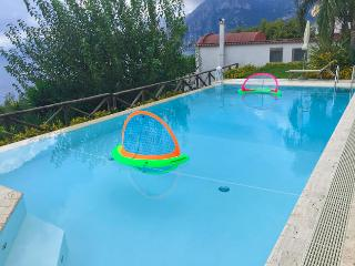 Masasette Luxury Villa with Pool and Jacuzzi