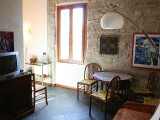 Misericordia apartment, Alghero centre