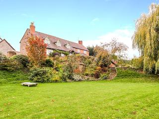 Large Country House overlooks pools, Tenbury Wells