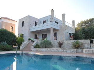 Joanna Villa, 500m from the beach, Almyrida Chania