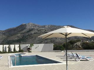 Pool, Sun Loungers and BBQ Facility