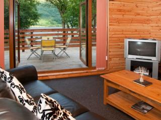 Luxury Ardlui Retreat - Over looking Loch Lomond, Crianlarich