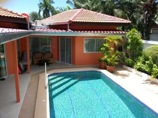 Very quiet Guestroom in Jomtien-Beach, Jomtien Beach